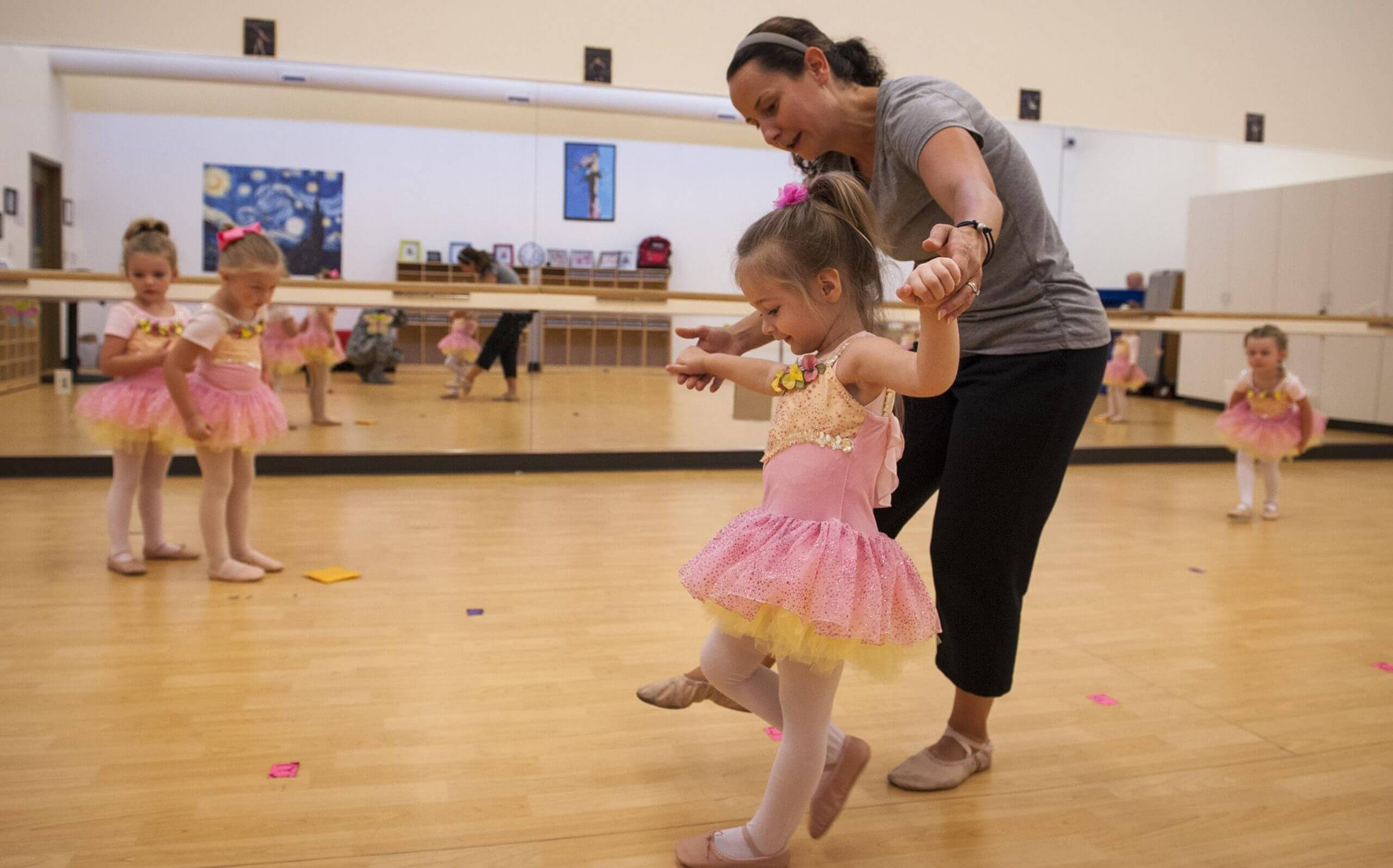 Pick school of dance for your child.