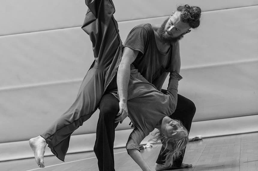 CI is a partner dance form based on improvisation.