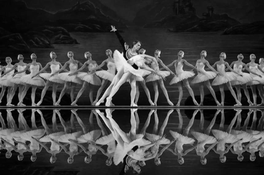 Ballet Swan Lake as a revolution of Russian classical dance.